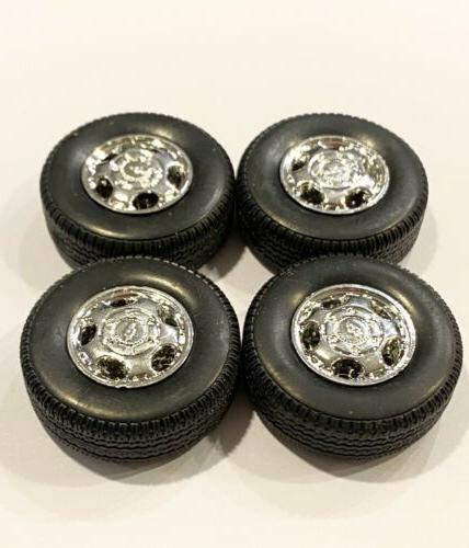 Set / SUV Wheels And 1/18 Scale